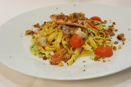 Tagliatelle with red mullet and bread crumbs